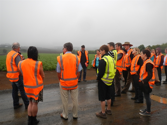 Onions NZ host tour for government staff
